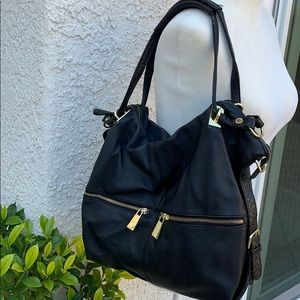 Steve Madden Blk Faux Leather Purse w Gold Accents